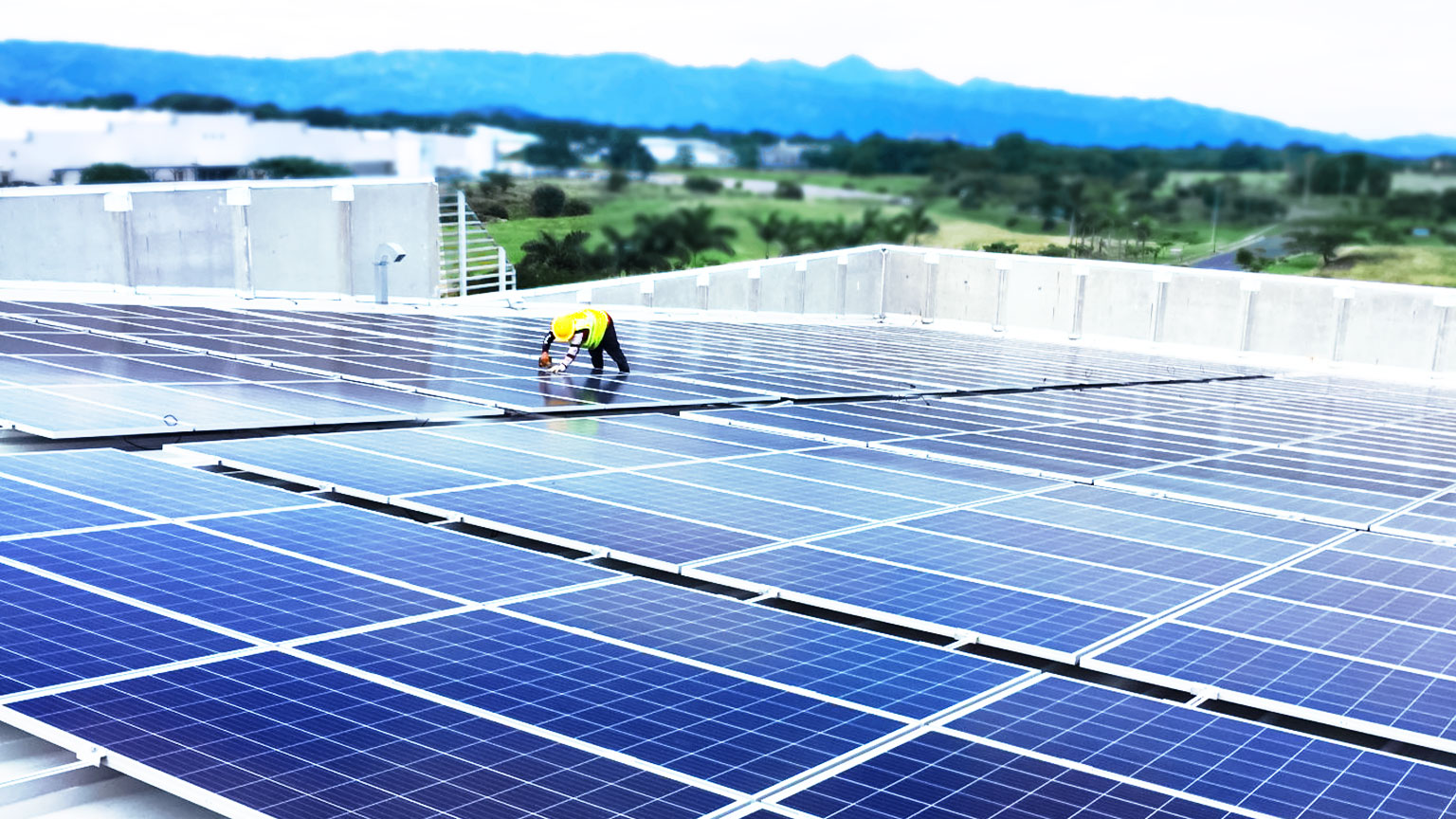 Hologic Costa Rica Solar Panels